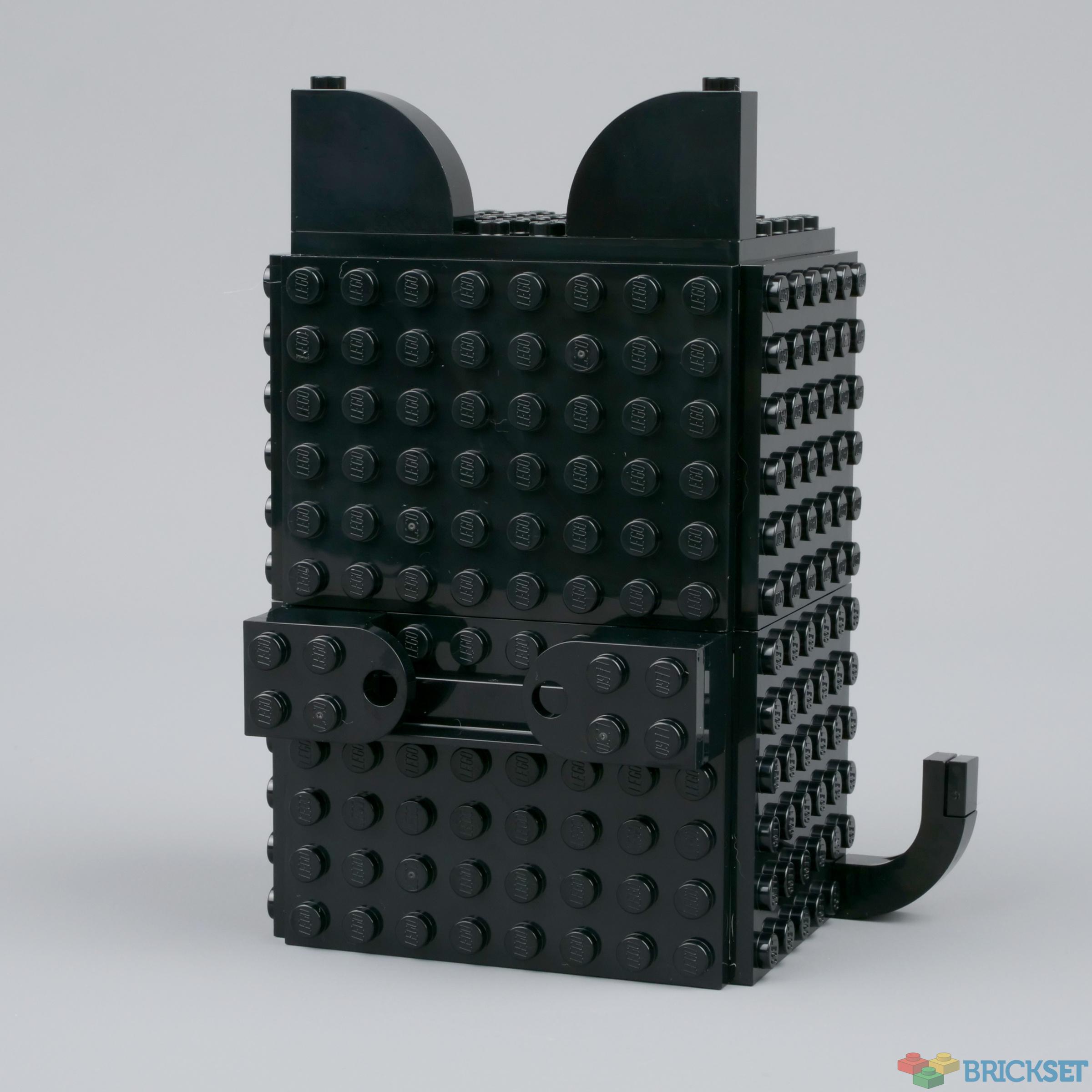 Review 20 Secret Holder   Brickset LEGO set guide and database