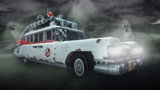 Blocks magazine is giving away two LEGO ECTO-1 sets