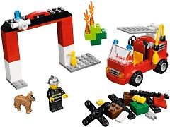 Конструктор LEGO (ЛЕГО) Bricks and More 10661 Тушение пожара My First LEGO Fire Station