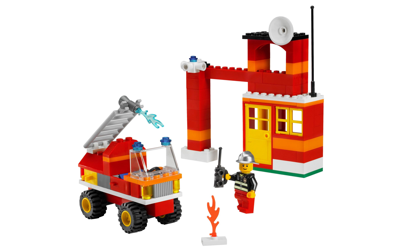 Lego 6191 Fire Fighter Building Set