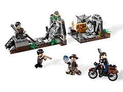 Конструктор LEGO (ЛЕГО) Indiana Jones 7196  Chauchilla Cemetery Battle