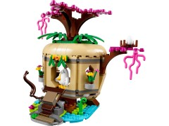 Конструктор LEGO (ЛЕГО) The Angry Birds Movie 75823  Bird Island Egg Heist