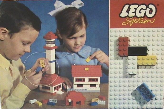 Lego 030 Basic Building Set in Cardboard image