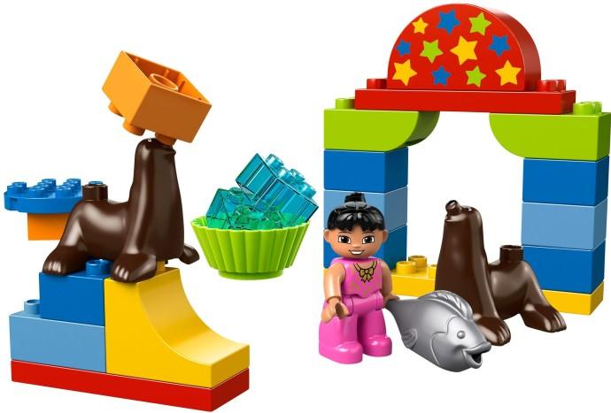 Изображение набора Лего 10503 Circus Show