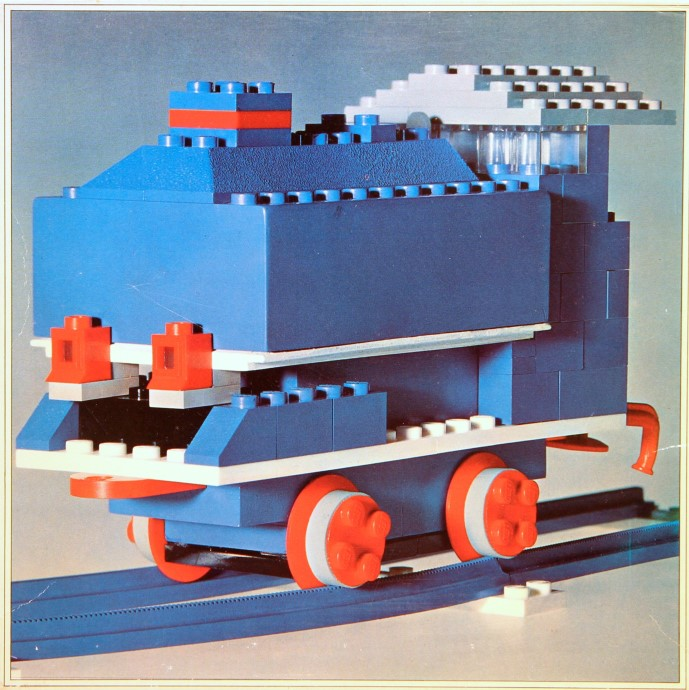 Lego 112 Locomotive with Motor image