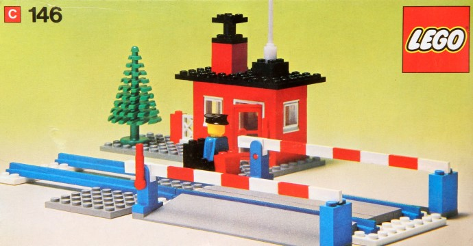 Lego 146 Level Crossing image