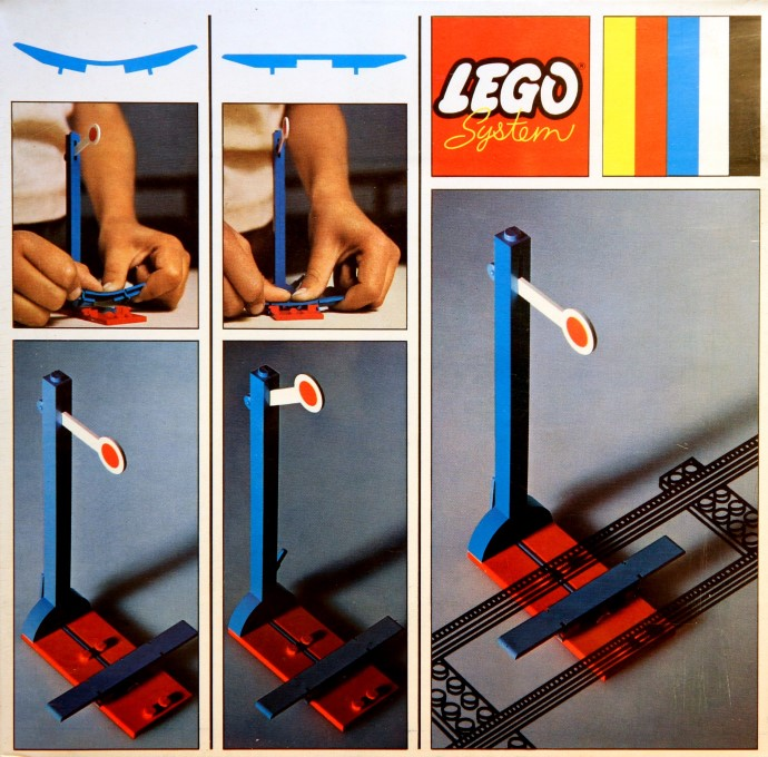 Lego 156 2 Signals with Automatic Stop / Go Attachment image