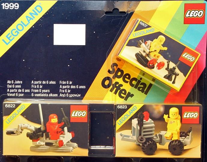 Futuron Sets 6802, 6807 Classic Space Droid LEGO Space MiniFigure