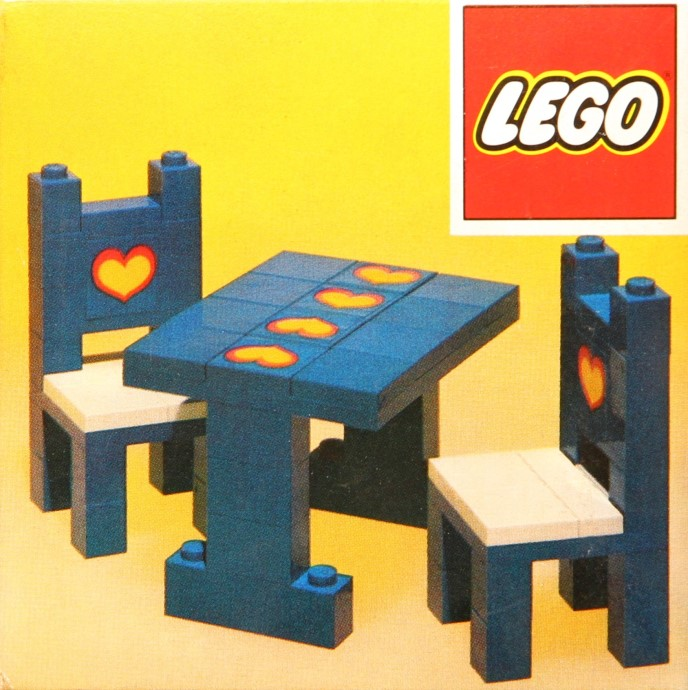 Lego 275 Table and chairs image