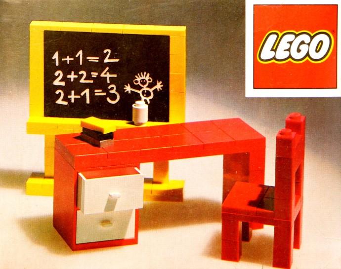 Lego 291 Blackboard and School Desk image