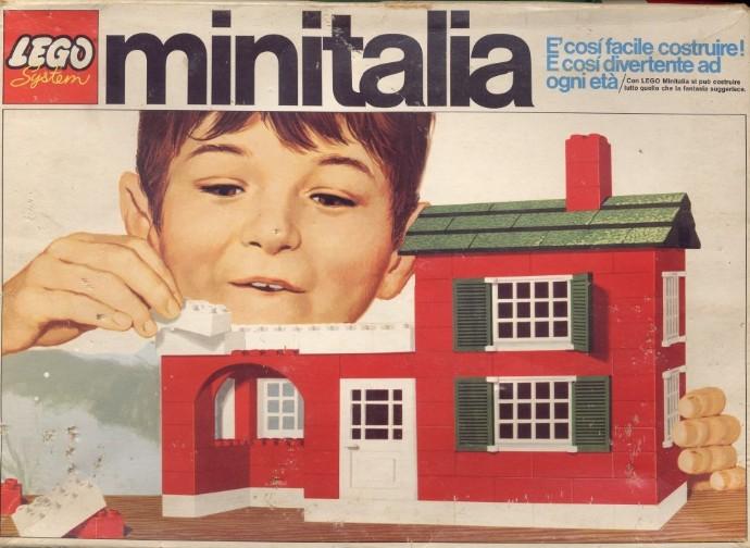 Lego 3 Medium house set image