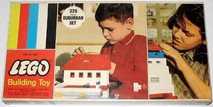 Изображение набора Лего 326 Suburban Set