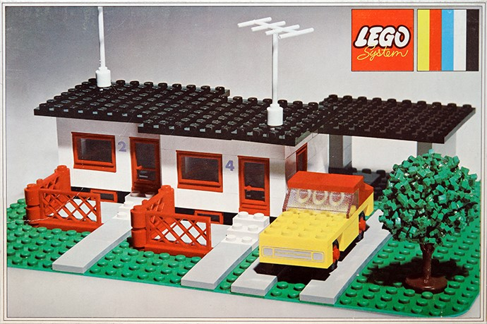 Lego 353 Terrace House with Car and Garage image
