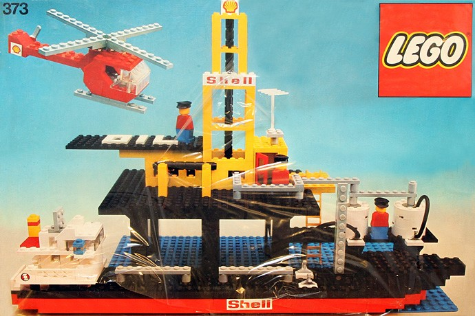 Lego 373 Offshore Rig with Fuel Tanker image