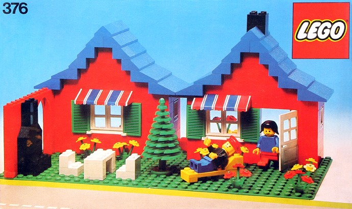 Lego 376 House with Garden image