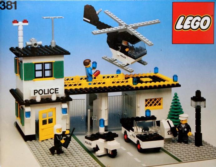 Lego 381 Police Headquarters image