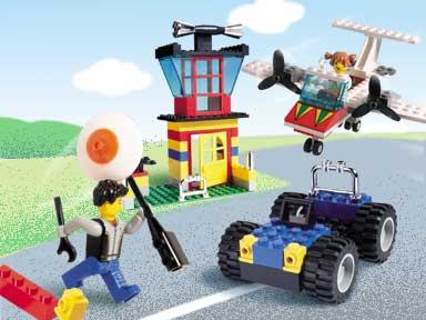 Изображение набора Лего 4117 Fantastic Flyers and Cool Cars