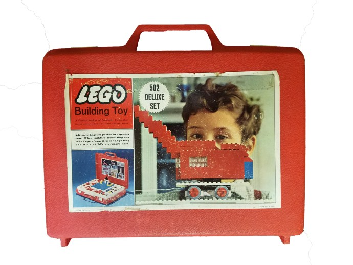 Lego 502 Deluxe Set with Storage Case image
