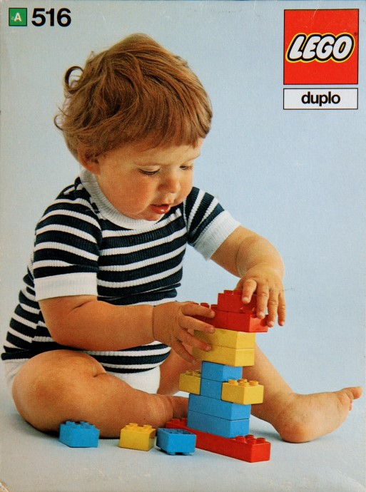 Lego 516 Bricks and half bricks image
