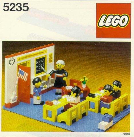 Lego 5235 Schoolroom image