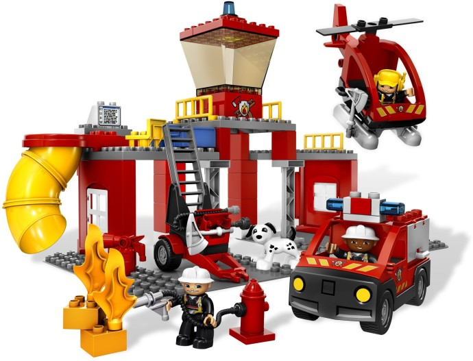 5601 1 Fire Station Brickset Lego Set Guide And Database