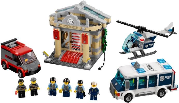 Amazon.com: LEGO City Police Museum Break-in 60008: Toys & Games