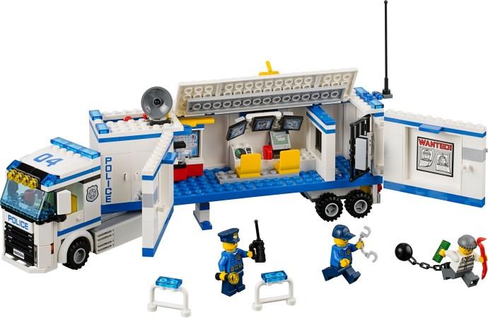 60044 1 Mobile Police Unit Brickset Lego Set Guide And Database