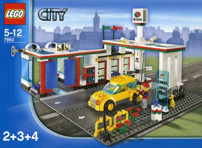 I hate how these new Lego sets don't come with a road plate anymore ...