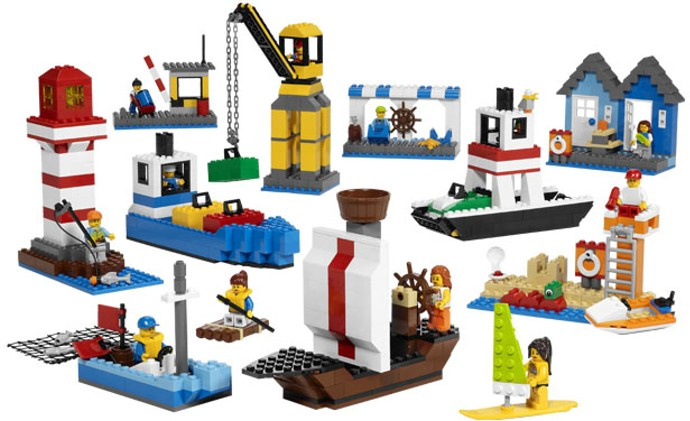 9337 1 Harbour Set Brickset Lego Set Guide And Database