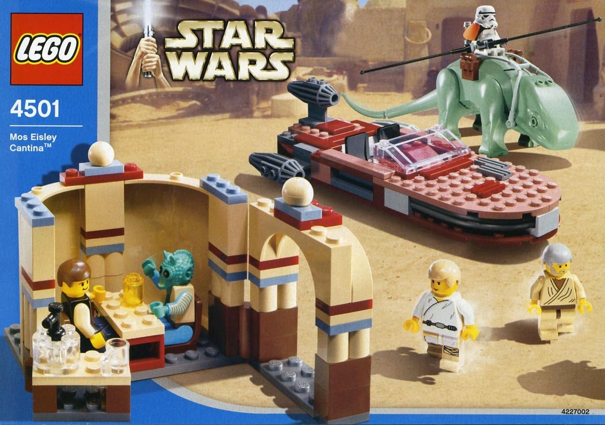 Star wars episode iv brickset lego set guide and database for Classic house 2003