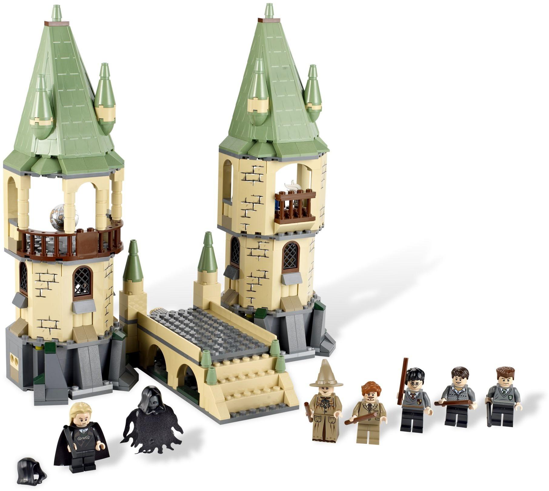 Hogwarts. 4867 1 Harry Potter ...