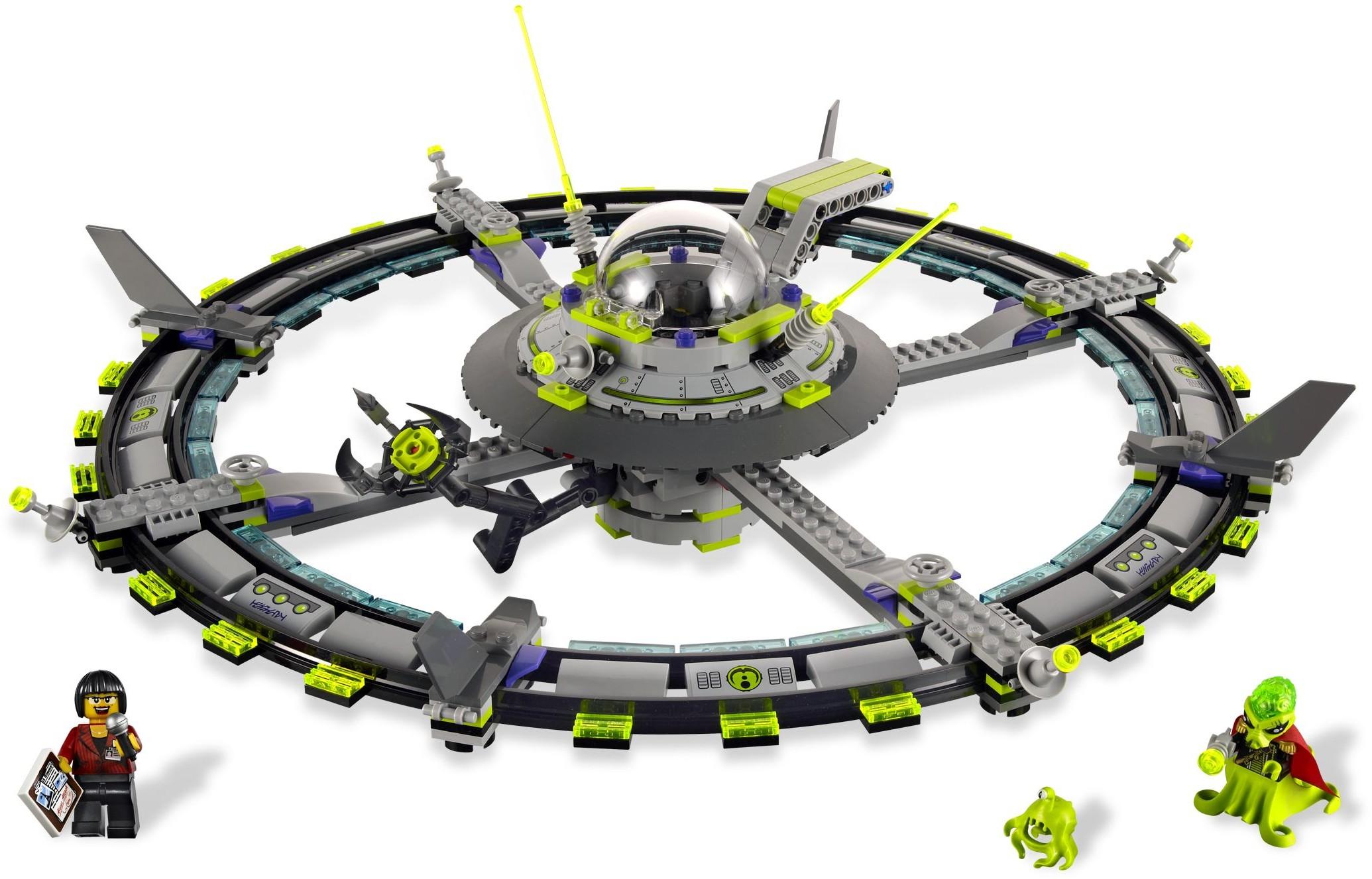 Space | Alien Conquest | Brickset: LEGO set guide and database |Lego Alien Invasion