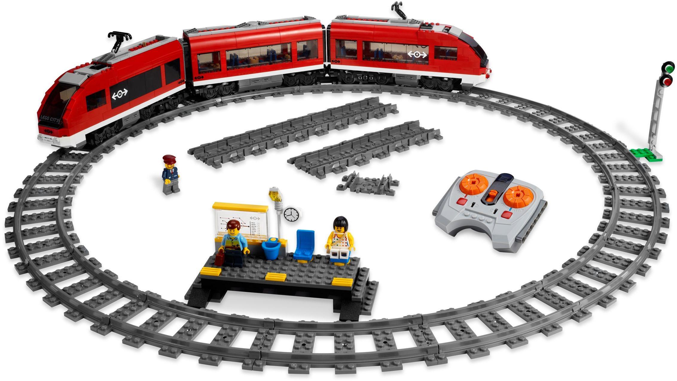 City Tagged Passenger Train Brickset Lego Set Guide And Database