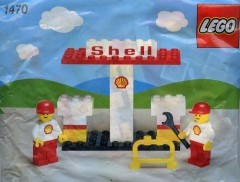Lego 1470 Petrol Pumps and Garage Staff
