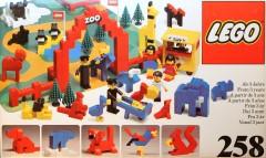 Lego 258 Zoo (with Baseboard)
