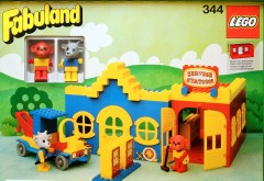 Lego 344 Service Station with Billy Goat and Mike Monkey
