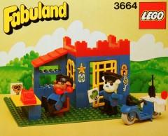 Lego 3664 Bertie Bulldog (Police Chief) and Constable Bulldog