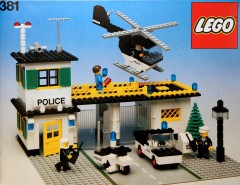 Lego 381 Police Headquarters