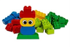 Lego 5586 Duplo Basic Bricks with Fun Figures